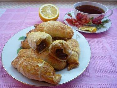 Круассаны со сгущенкой в хлебопечке
