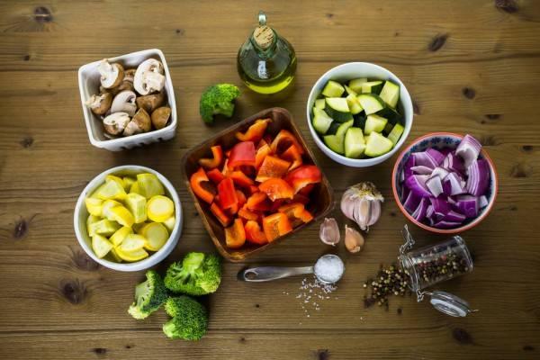 Как запекать овощи в духовке: секреты приготовления