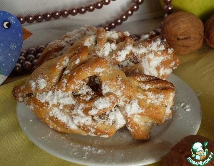Печенье с яблоком, грецким орехом и корицей
