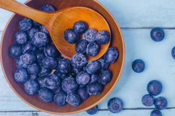 Ягоды на зиму под сахарной пробкой - заготовки из ягод, протертая черника,смородина, клюква