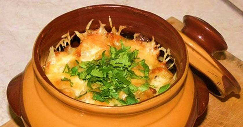 Как вкусно приготовить картошку с мясом в горшочке. рецепты в духовке пошагово с фото