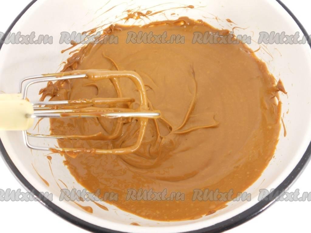 Торт «муравейник» из печенья со сгущенкой рецепт