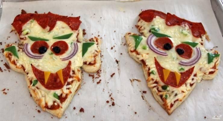 Пицца-мумия на Хэллоуин