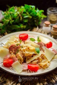 Тушеная капуста с сосисками - пошаговые рецепты приготовления на сковороде, в духовке или мультиварке