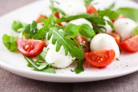 Бутерброды с моцареллой и помидорами рецепт с фото