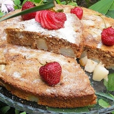 Интересный пирог с брусникой на рисовой муке