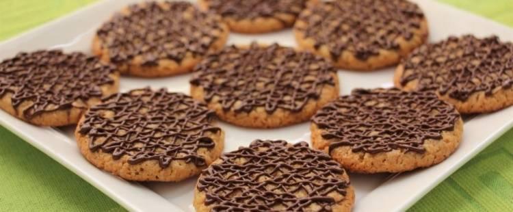 Рецепт печенья без сахара на любой вкус