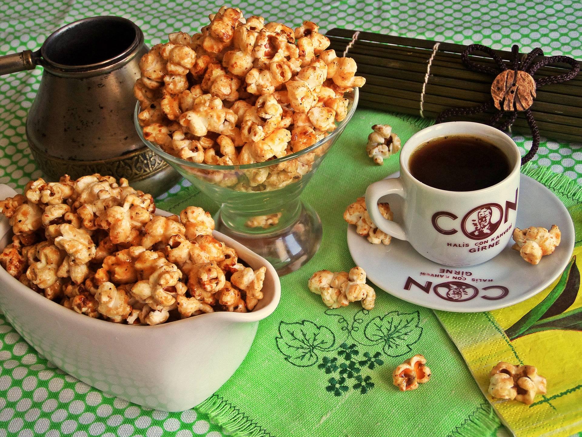 Попкорн в духовке в пакете и без: домашние рецепты с фото