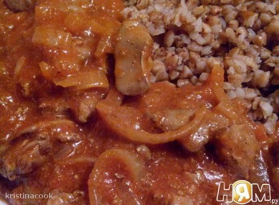 Гречневая каша с печенью и грибами