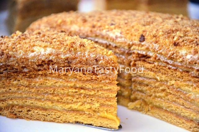 «медовик» - самый простой рецепт очень вкусного торта из коржей испеченных в мультиварке, духовке и на сковороде