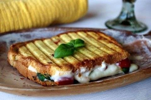 Как приготовить бутерброд «капрезе» на гриле? пошаговый рецепт с фото.