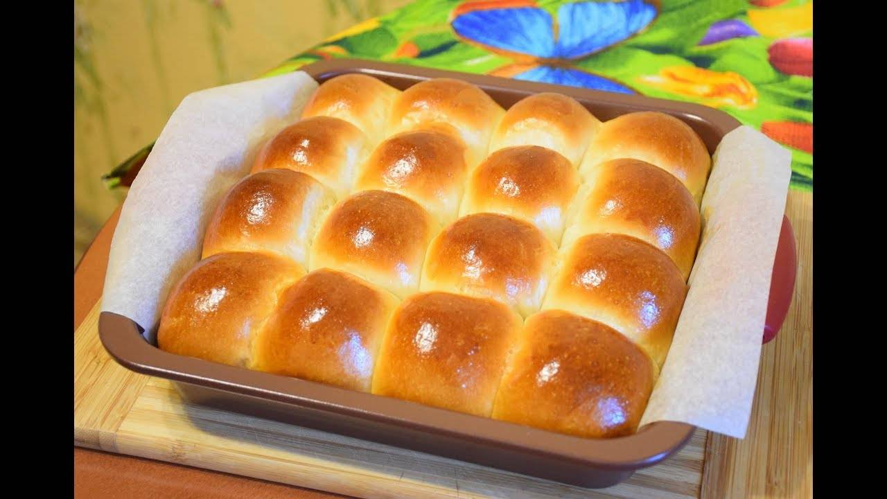 Пышные булочки с творогом и изюмом