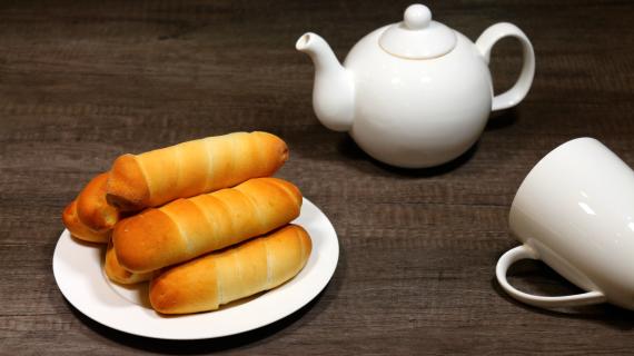 Сосиски в кляре: 10 быстрых рецептов  