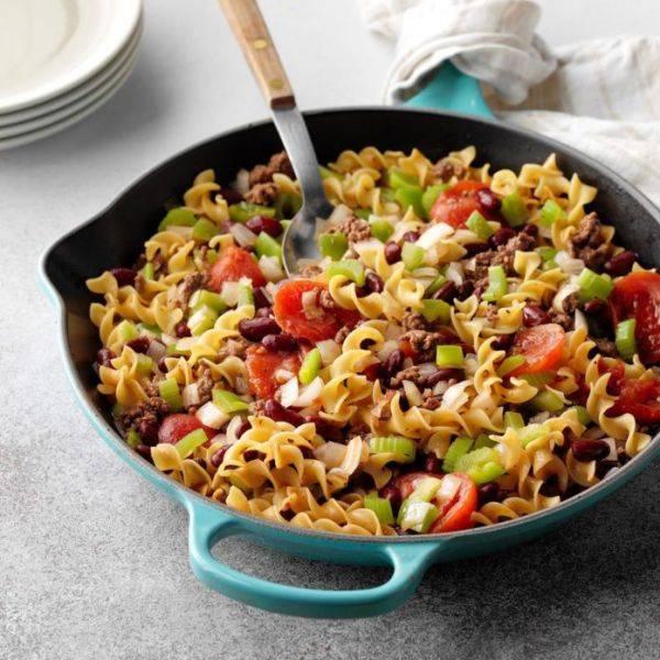 Лапша с фасолью и овощами за 30 минут