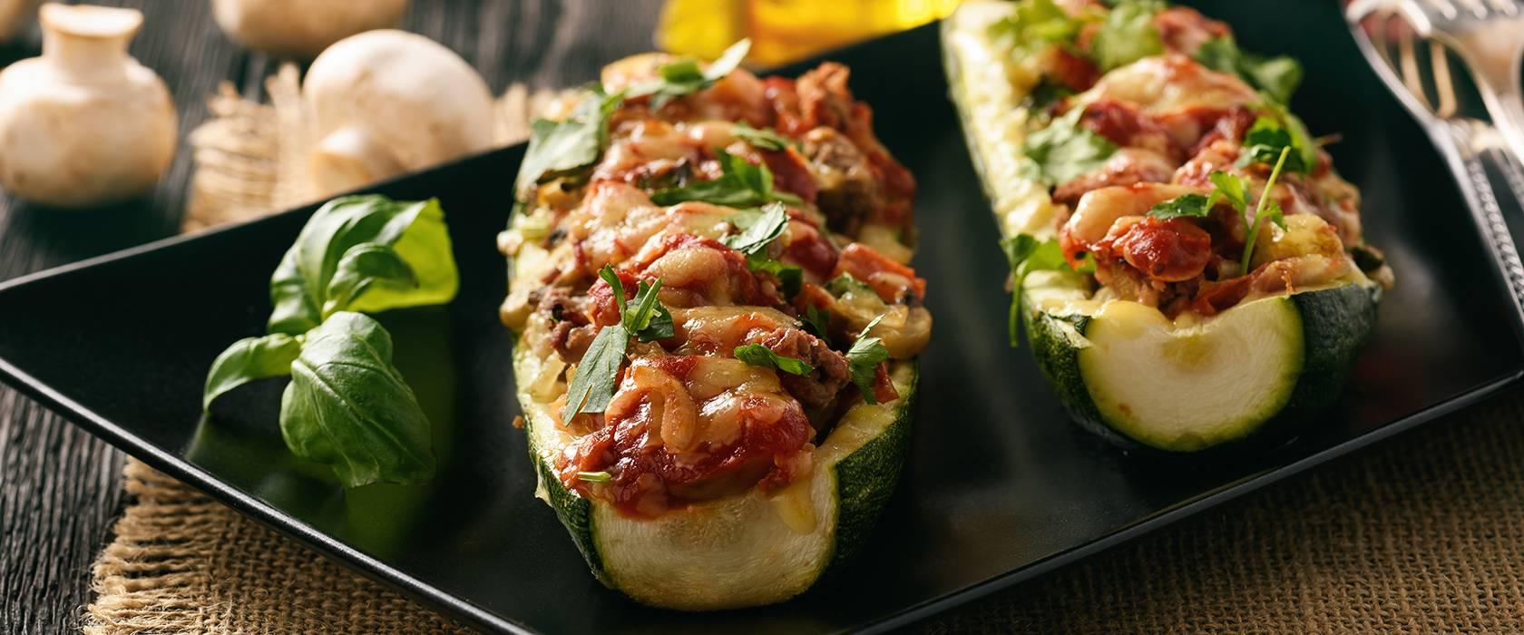 Лодочки из кабачка с начинкой в духовке - 11 пошаговых фото в рецепте