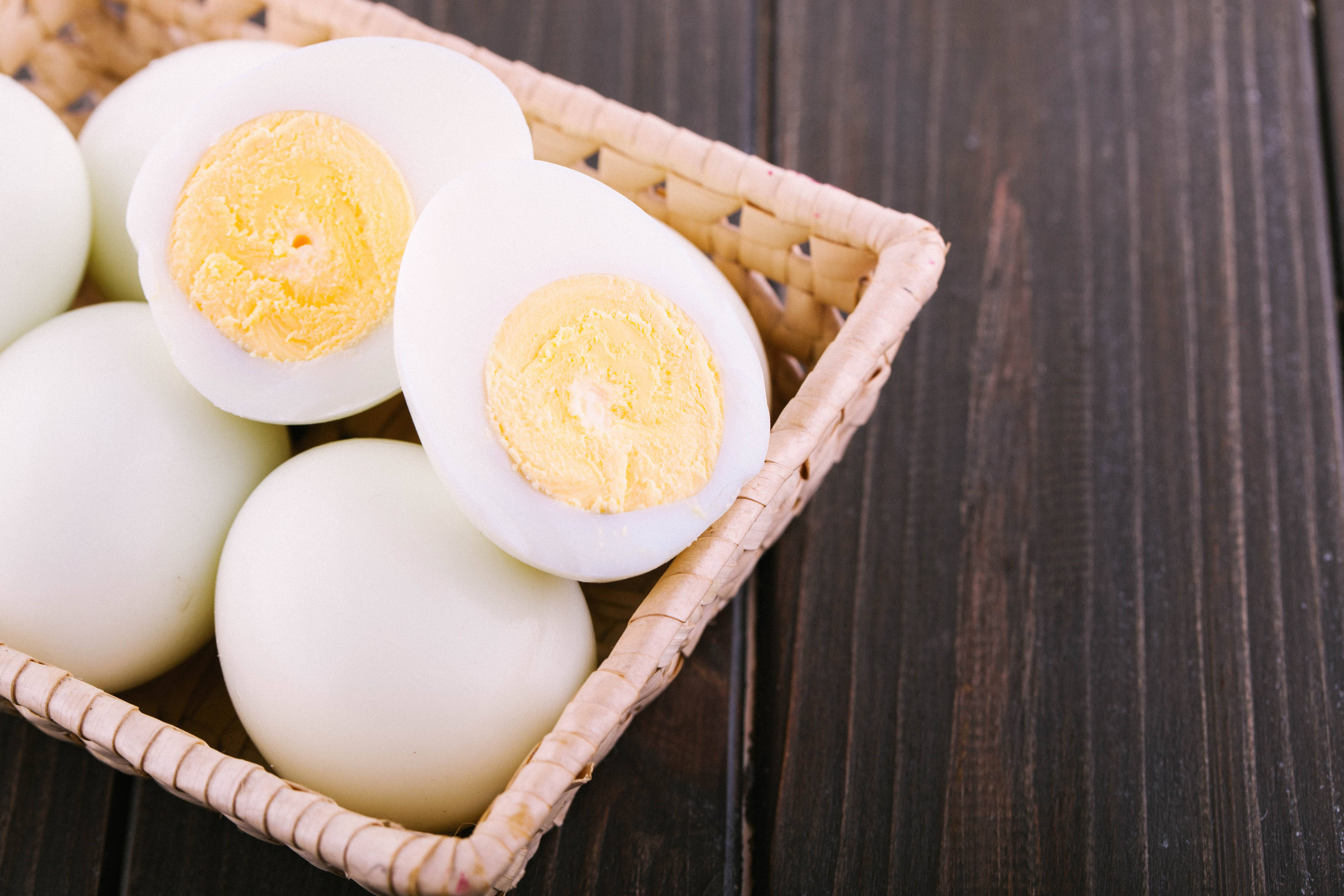 Как варить яйца идеально (вкрутую, в мешочек, всмятку, пашот) - статьи на повар.ру