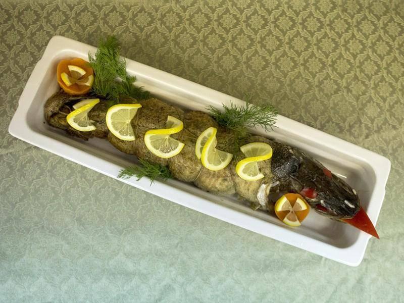 Фаршированная рыба к праздничному столу