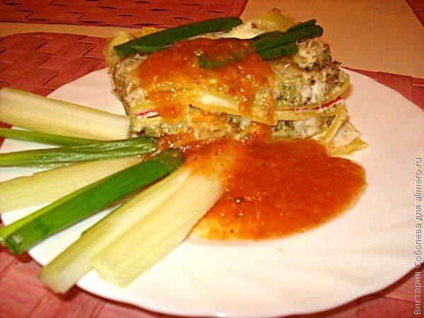 Лазанья с орехами, брокколи и сырным соусом