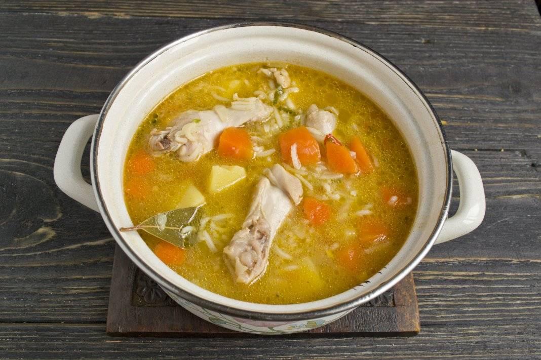 Супчик из куриных крылышек с клецками - 20 пошаговых фото в рецепте
