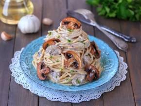 Паста с грибами в сливочном соусе - 12 домашних вкусных рецептов приготовления