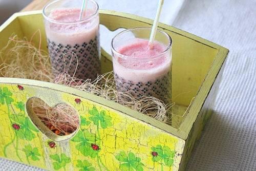 Смузи из клубники - легкие, полезные рецепты вкусного ягодного коктейля