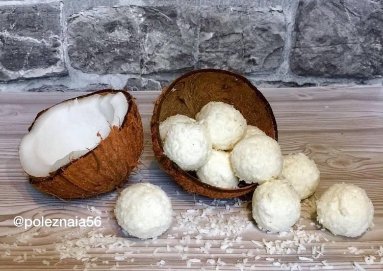 Булочки с изюмом на кокосовом молоке