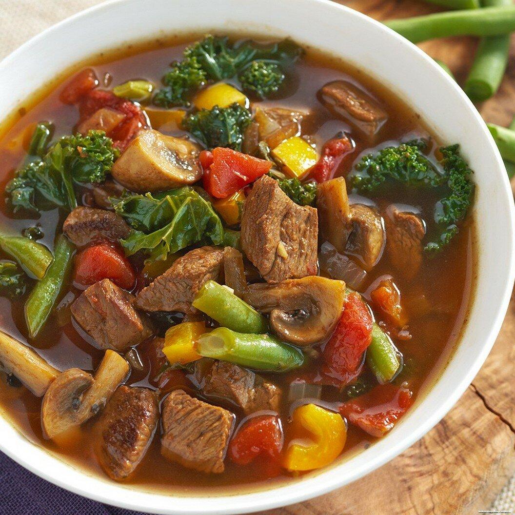 Суп-пюре из цветной капусты с пармезаном