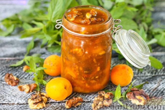 Абрикосовое варенье с грецкими орехами: рецепт и 12 способов приготовления на зиму