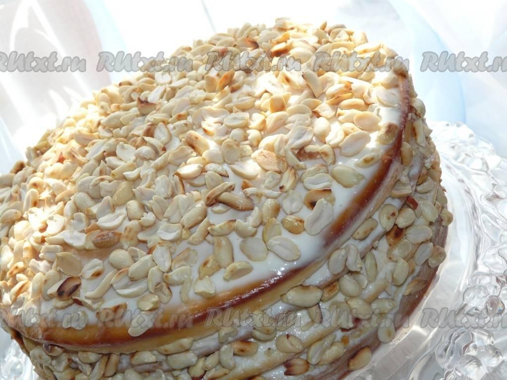 Банановый крем - рецепты для бисквитного торта или капкейков, со сгущенкой, сметаной, творогом