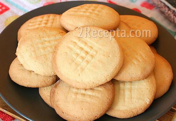 Печенье с лимоном и сахарной глазурью