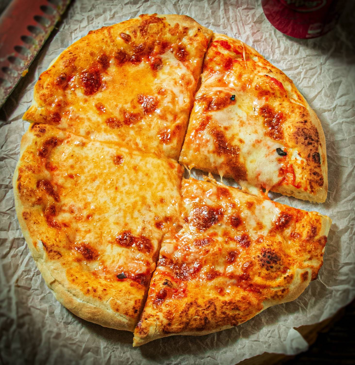 Крутой томатный соус для пиццы с базиликом и анчоусами