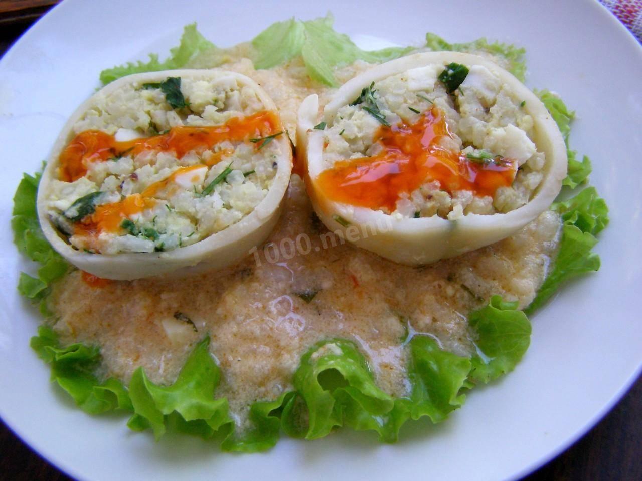 Фаршируем кальмары рисом и яйцом – быстро и просто! кальмары: фаршированные рисом.