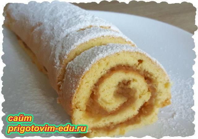 Бисквитный рулет с яблочной начинкой - рецепт с фотографиями - patee. рецепты