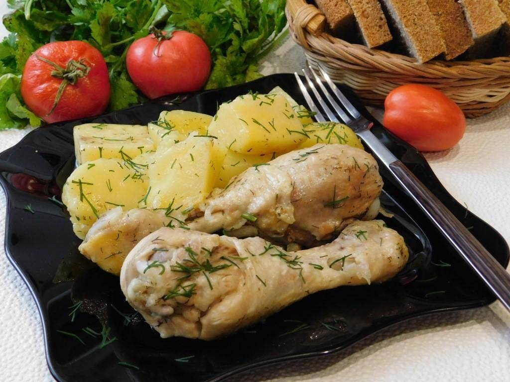 Куриные окорочка с картошкой в мультиварке - 8 пошаговых фото в рецепте