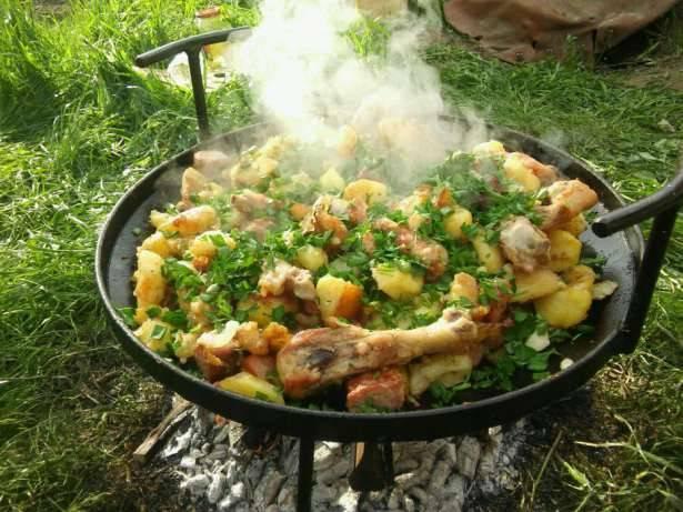 Куриные голени,тушеные с картошкой: 2 рецепта, особенности приготовления - onwomen.ru