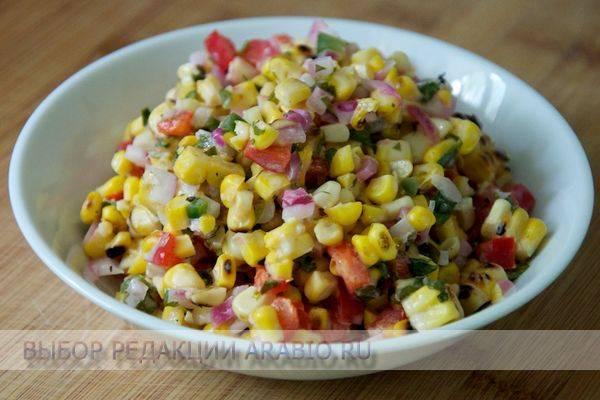 10 лучших салатов с кукурузой