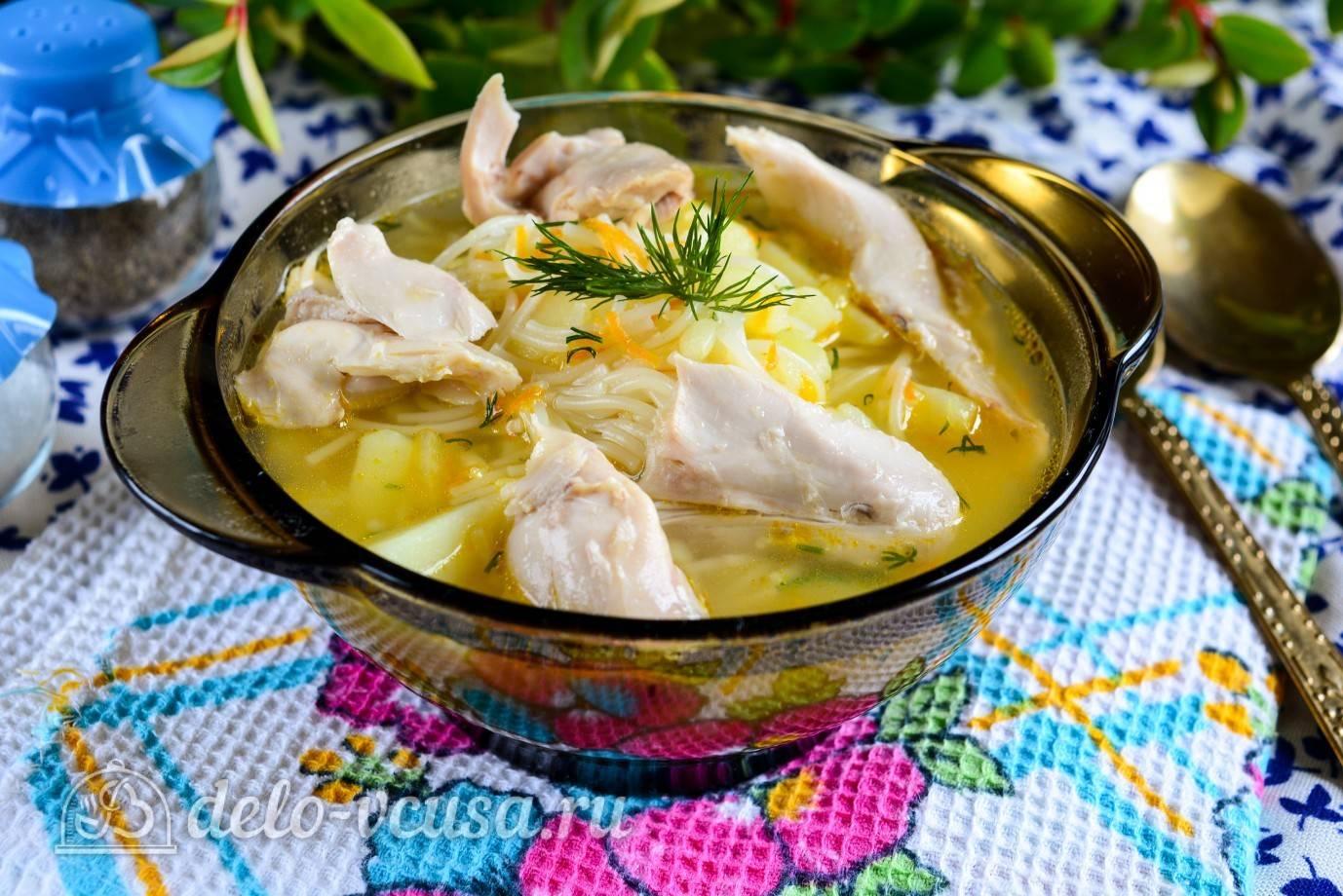 Куриная грудка в овощах с вермишелью
