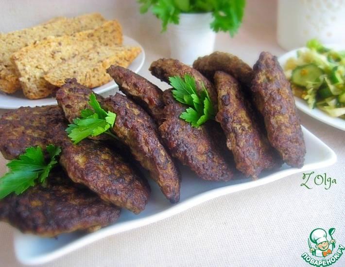 Как приготовить вкусные и полезные оладьи из куриной печени и кабачка