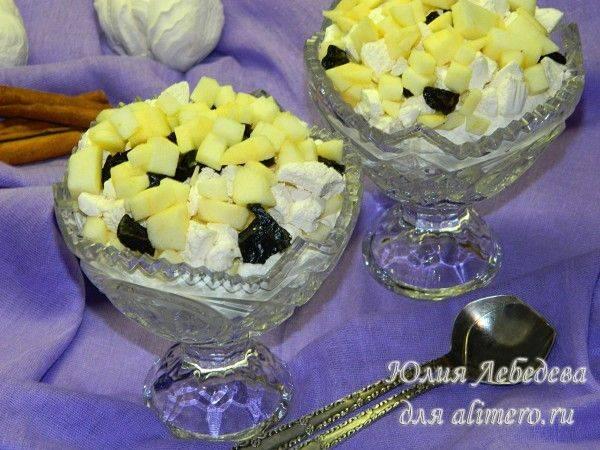 Десерт c яблоком и зефиром
