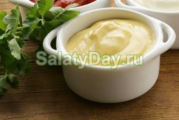 Сметанно-горчичный соус — конкурент калорийному майонезу!