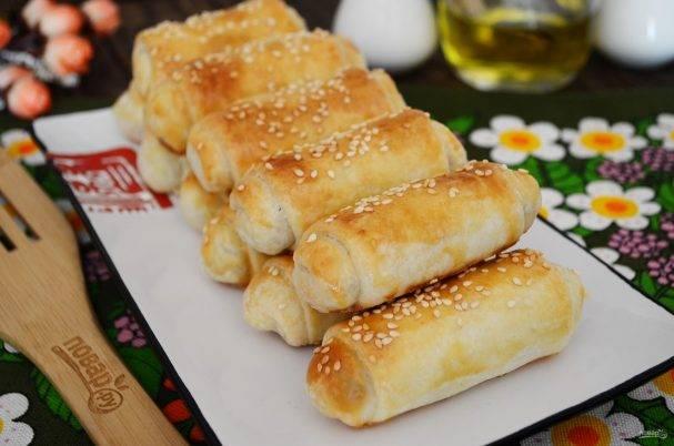 """Пирожки """"вэрзэре"""" с солеными огурцами и рисом"""