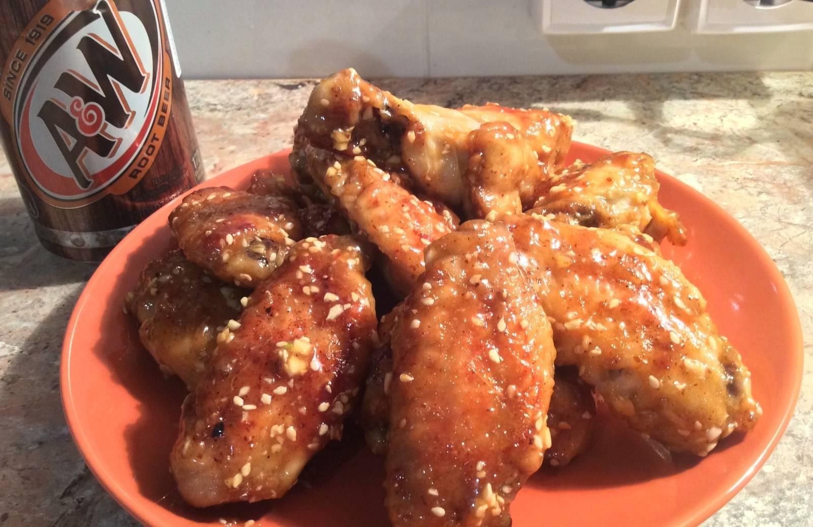 Куриные крылышки в медовом соусе. куриные крылышки в медовом соусе в мультиварке