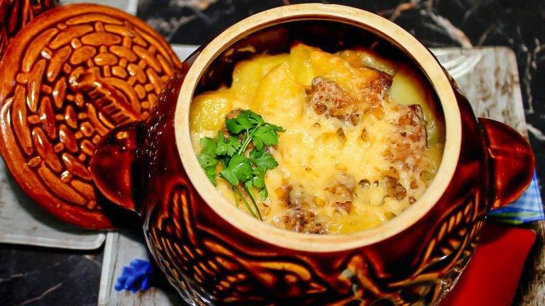 Жаркое из свинины с картошкой в духовке, горшочке, казане и в мультиварке - рецепты с капустой, грибами, кабачками