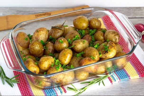 Молодая картошка в духовке. пошаговый рецепт с фото • кушать нет