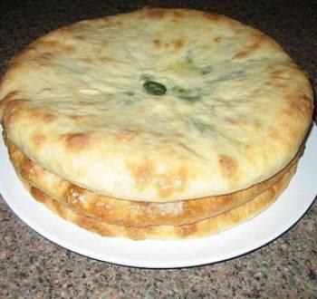 Осетинский пирог с сыром и зеленью у себя дома