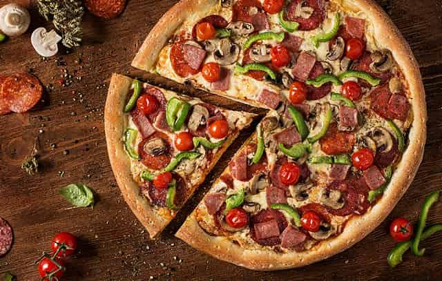 """Быстрая пицца """"Минутка"""" с моцареллой"""
