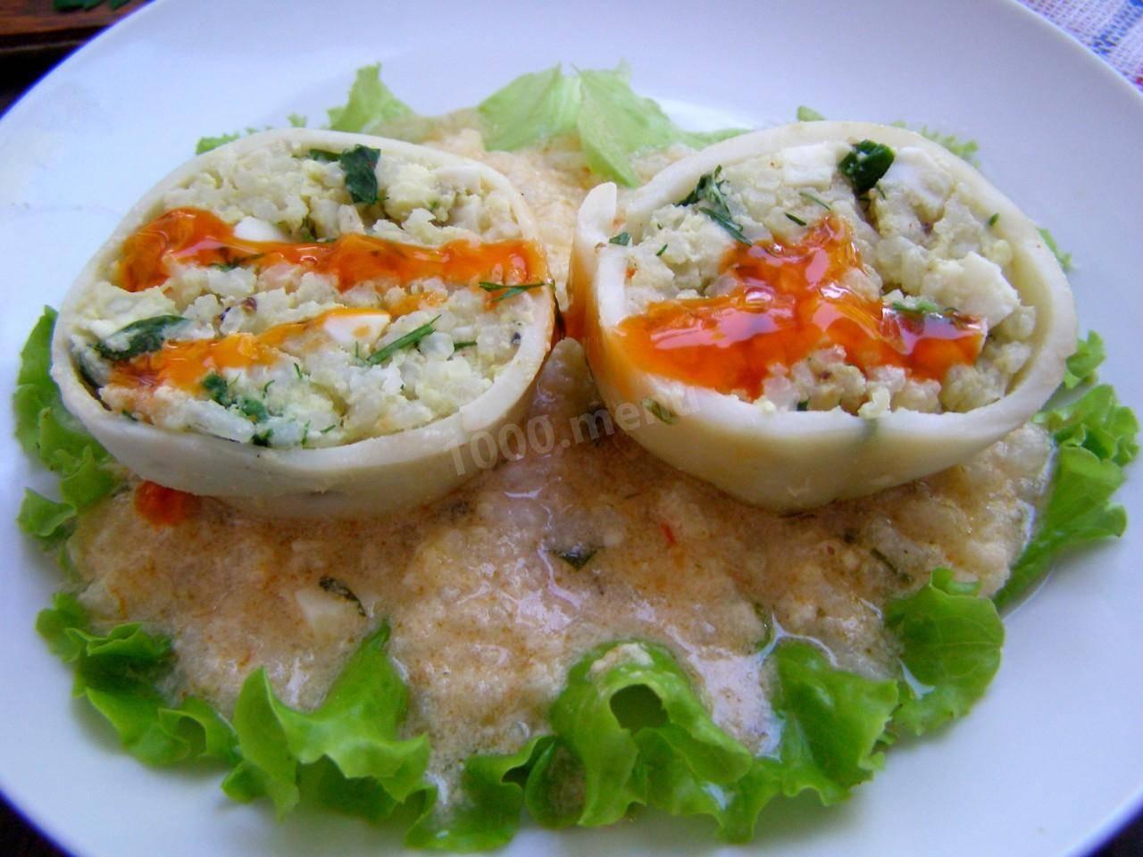 Фаршированные рисом кальмары — просто и очень вкусно
