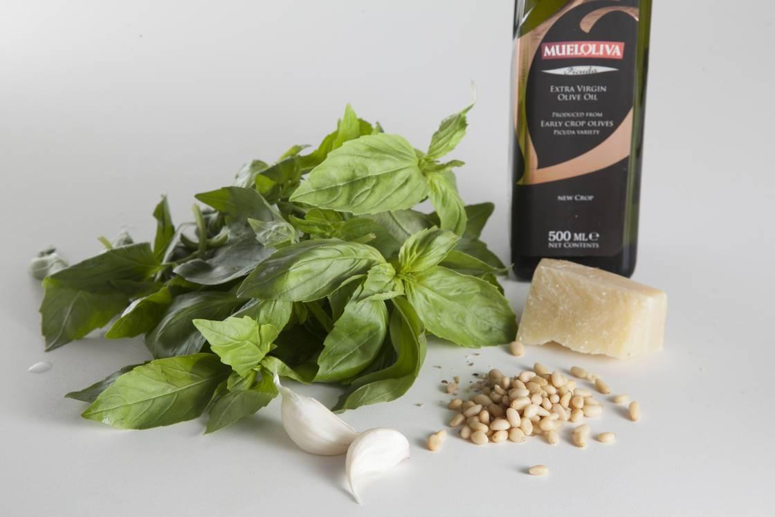 Как сделать соус песто за три простых шага
