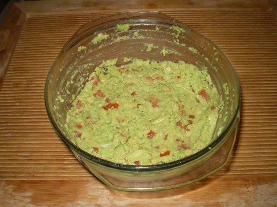 Гуакамоле: культовый мексиканский соус за 5 минут