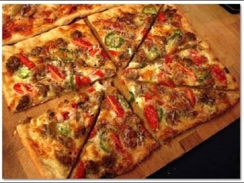 Вкуснейшая пицца на очень тонком тесте